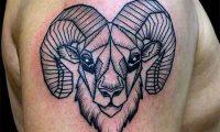 Тату знак зодиака овен