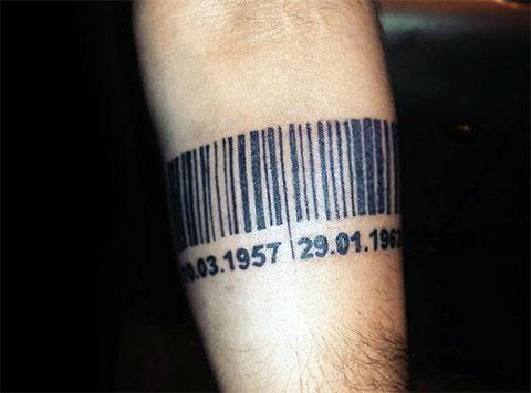 Тату штрих код на руке
