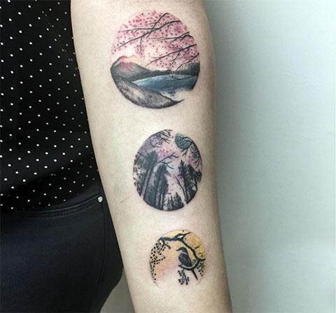Татуировка с кругами