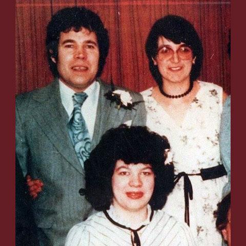 Анна Мари Уэст с родителями - Фредом и Роуз Уэст