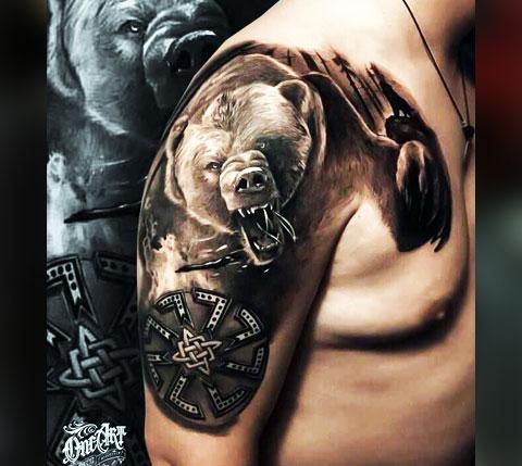Тату медведь с коловратом