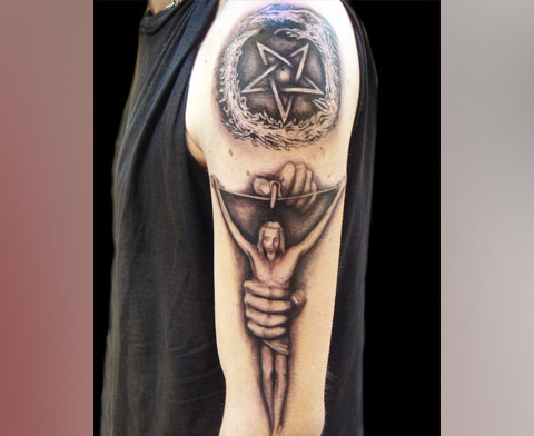 Пентаграмма - фото татуировки