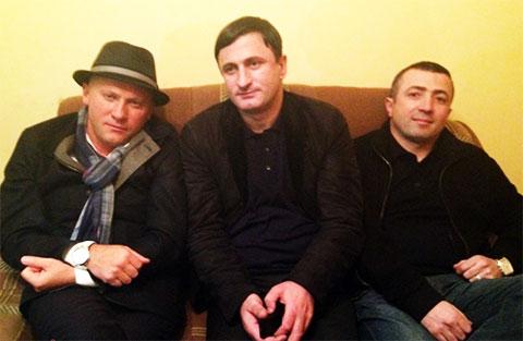 Слева воры в законе: Гизо Кардава (Гизо Гальский), Мамука Чкадуа (Мамука Гальский) и Рашад Исмаилов (Рашад Гянджинский)