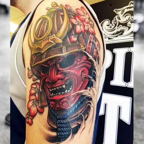 Цветная тату маска самурая