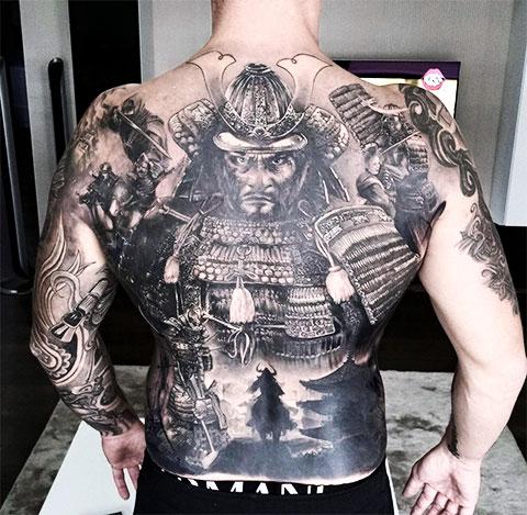 Тату самурая на мужской спине