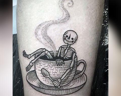 Татуировка со скелетом