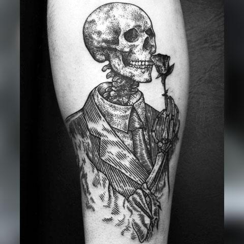 Тату скелет с розой