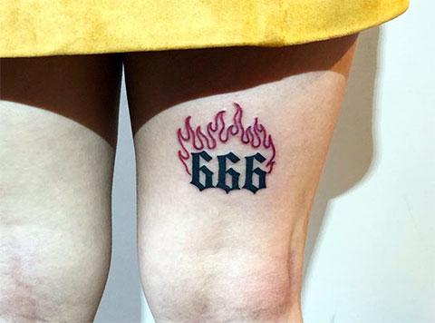 Тату 666 на ноге у девушки