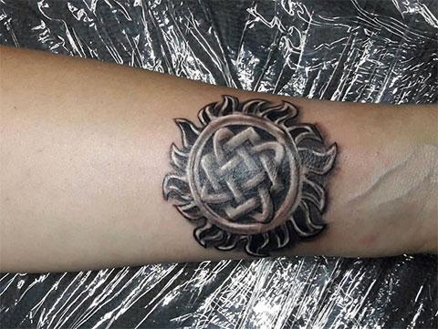 Татуировка звезда Руси