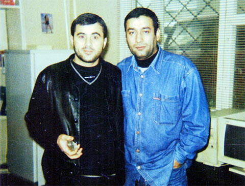 Слева воры в законе: Артык Дабчаев (Артик) и Айлаз Алоян (Гудрон)