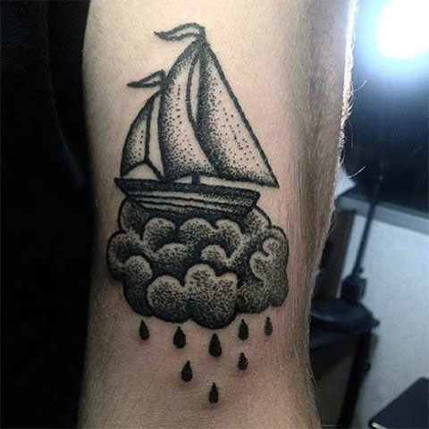 Татуировка с парусами
