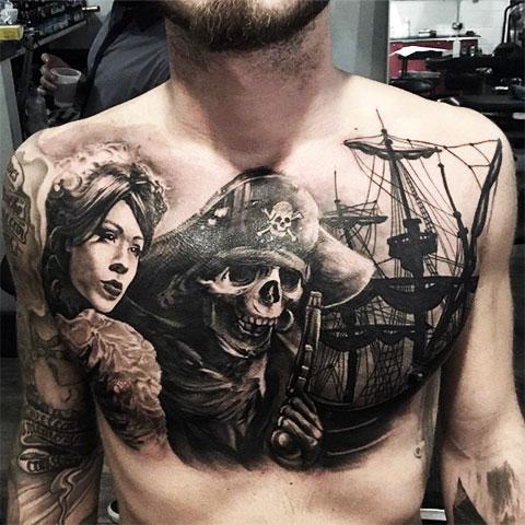 Тату пират на груди
