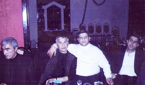 Слева воры в законе: Юлдаш Ашуров (Юлдаш Бостанлыкский), Икмет Мухтаров (Хикмет Сабирабадский), Теймураз Фароян (Тэко Тбилисский) и Ровшан Джаниев (Ровшан Ленкоранский)