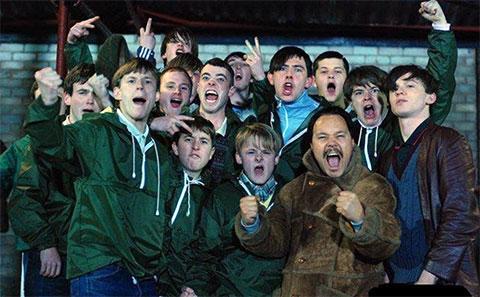 Кадр из фильма «Футбольные гладиаторы»