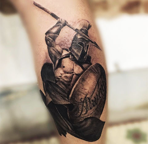 Тату рыцарь с копьем