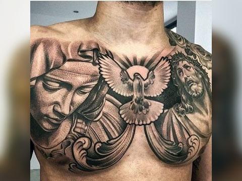 Татуировка на груди с Божией Матерью и Иисусом