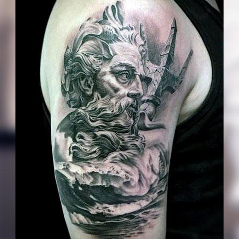 Татуировка Посейдон с трезубцем