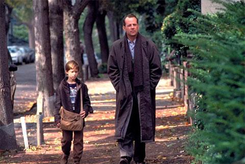 Кадр из фильма «Шестое чувство»