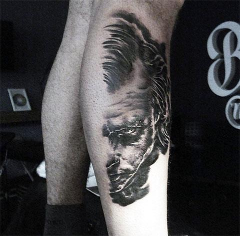 Татуировка Джокер на ноге