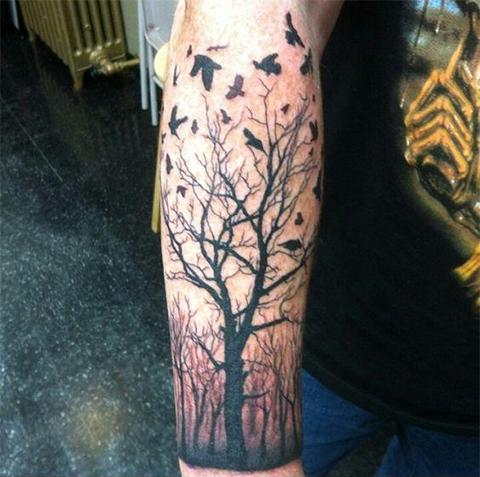 Тату дерево с птицами