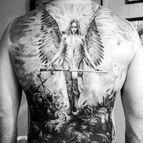 Тату Валькирия на спине