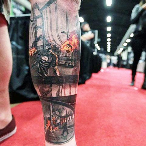 Татуировка с зомби апокалипсисом на ноге