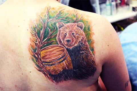 Тату медведя для мужчин