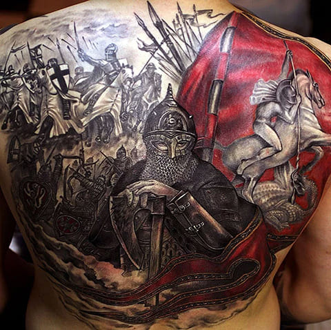 Богатырская татуировка на спине