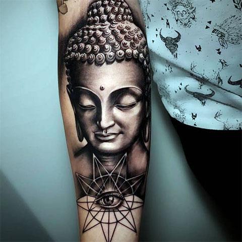 Татуировка в виде Будды