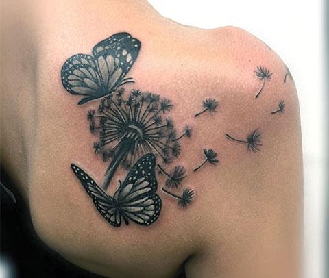 Тату одуванчик с бабочками на лопатке