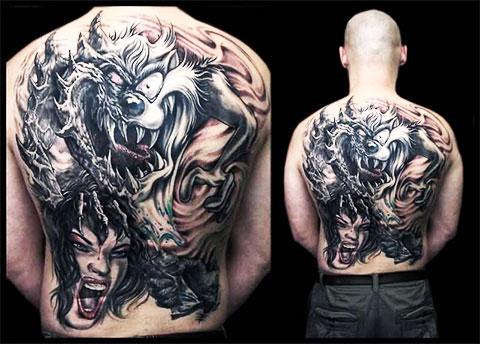Дьявольская татуировка на спине - фото