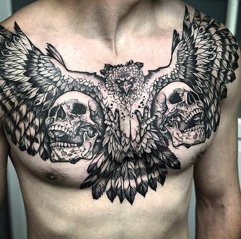 Тату орел и черепа