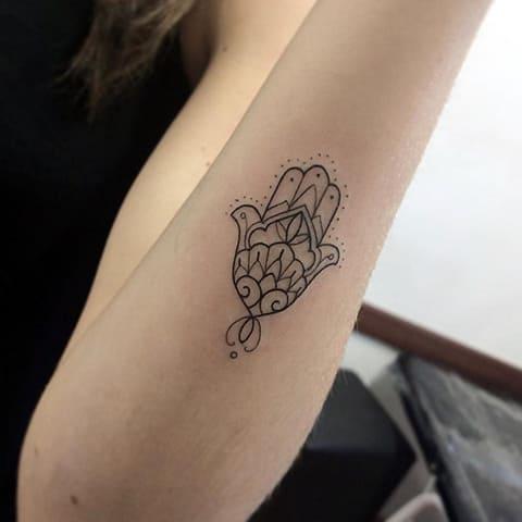 Татуировка хамса