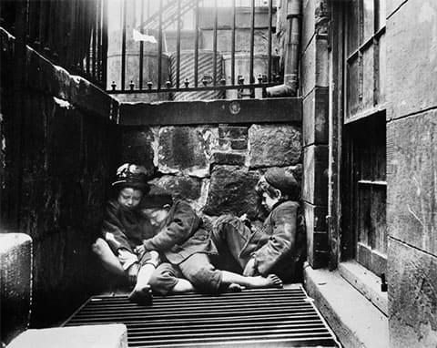 Бездомные дети Барселоны становились жертвами серийной убийцы