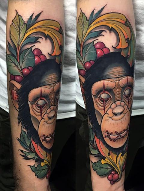 Тату с головой обезьяны - фото