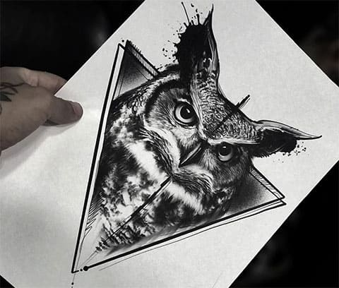 Сова в треугольнике - эскиз для татуировки