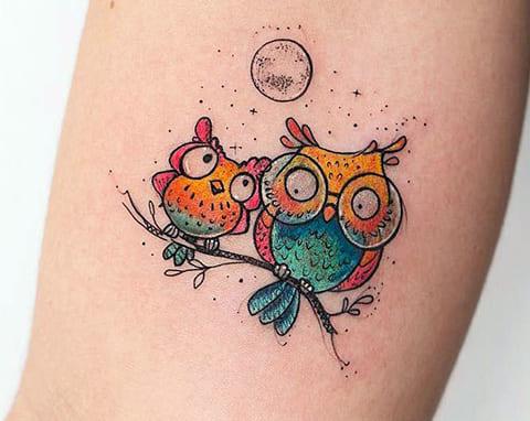 Татуировка с совами и луной в цвете