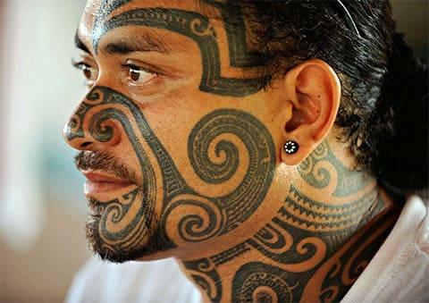Племенные тату на лице - фото