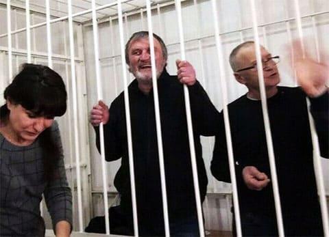 В центре: вор в законе Георгий Углава - Тахи