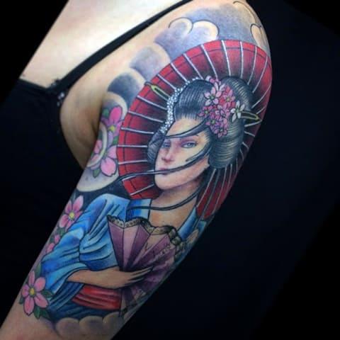 Красивая татуировка с гейшей