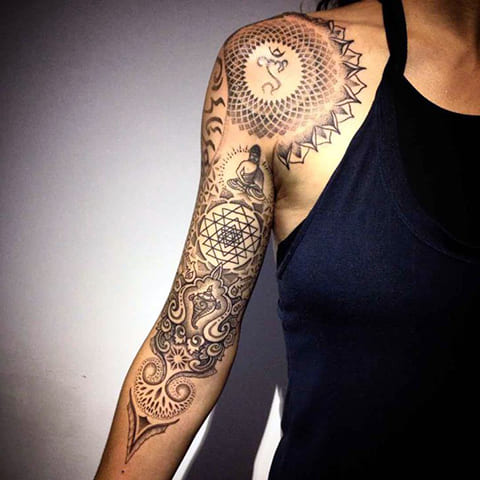 Татуировка-рукав мандала для девушек