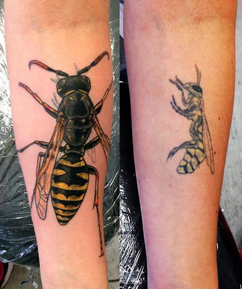 Переделанная татуировка с осой