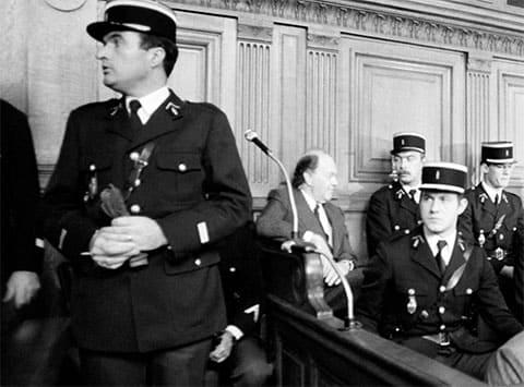 В центре на суде: Пьер де Варга