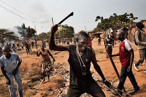 Кенийские рэкетиры мунгики