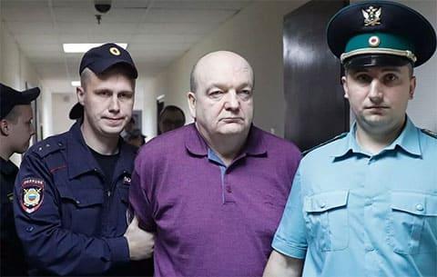 Главный тюремщик не выйдет по УДО