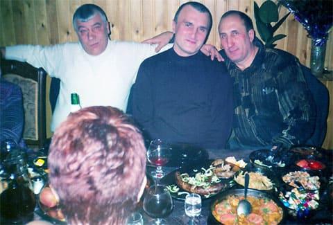 Слева: авторитет Федор Титов (Тит), вор в законе Георгий Углава (Тахи) и авторитет Олег Кривов