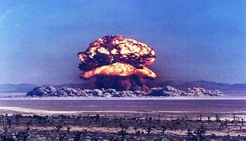 Семипалатинский полигон - ядерный взрыв