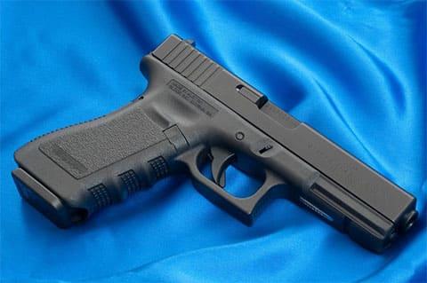Пистолет Глок 17