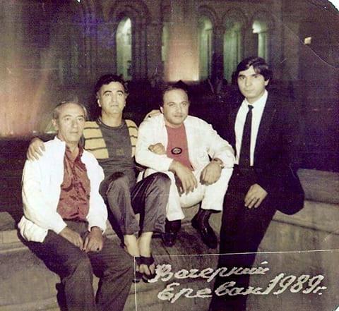 Слева: Норик Тадевосян (Дки Норо), брат вора Дки Миши Тадевосяна и воры в законе: Джемал Микеладзе (Арсен), Автандил Чихладзе (Квежо), Захарий Калашов (Шакро), 1989 год, Ереван