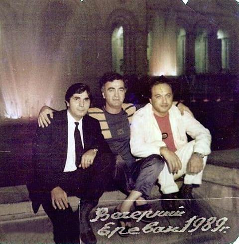 Слева: Захарий Калашов (Шакро Молодой), Джемал Микеладзе (Арсен) и Автандил Чихладзе (Квежо), 1989 год, Ереван